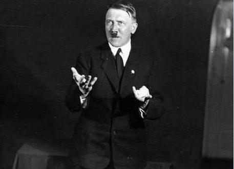 ヒトラー演説練習2