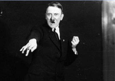 ヒトラー演説練習4